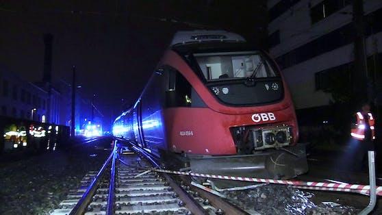 Die Ursache für die Entgleisung des ÖBB-Zugs wird nun untersucht.