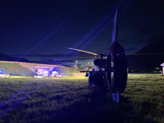 Der Notarzthubschraubers RK-1 der ARA Flugrettung am Unfallort.