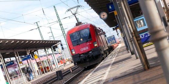 Der Vorfall ereignete sich in einem Zug von Villach nach Klagenfurt.