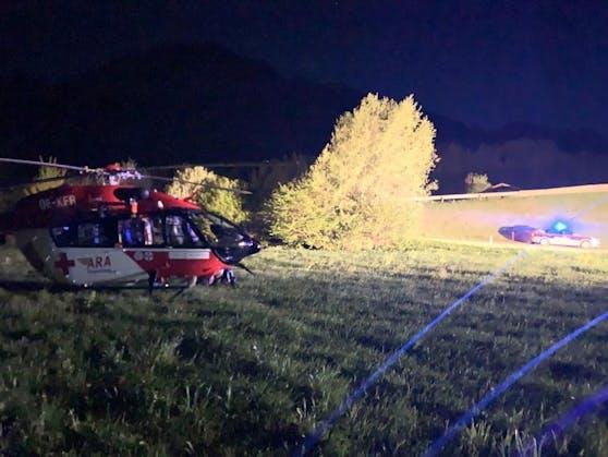 Für den Beifahrer kam jede Hilfe zu spät - er verstarb noch an der Unfallstelle.