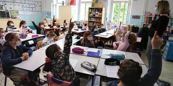 Die Schüler kehren ab 17. Mai in die Klassen zurück.