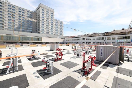 Sportschuhe statt Schlittschuhe braucht man im neuen Fitnesscenter beim Wiener Eislaufverein.