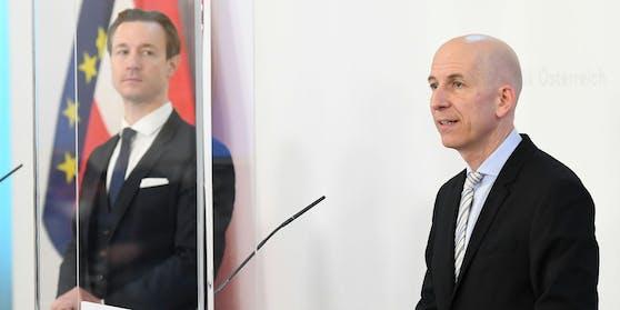 """Finanzminister Blümel (links) und Arbeitsminister Kocher arbeiten am """"Comeback"""" Österreichs."""