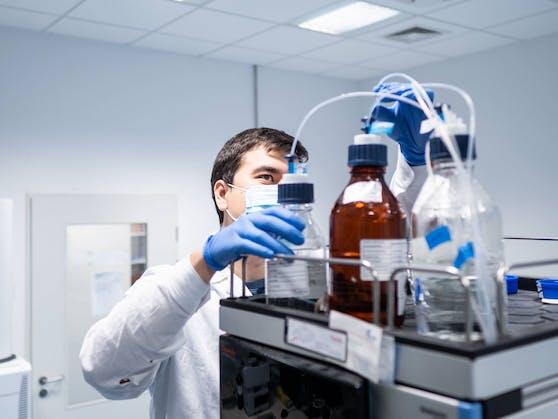 Ein Bild aus der Impfstoff-Herstellung des Unternehmens Novavax.