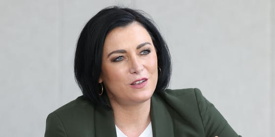 Tourismusministerin Elisabeth Köstinger (VP)
