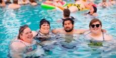 4 Meter Abstand im Wasser! Die Beinhart-Baderegeln