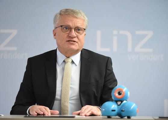 Bürgermeister Klaus Luger will die Hagel-Opfer mit einem 500 Euro-Stadtbonus unterstützen.
