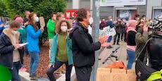 So attackierten Klimaschutzdemonstranten die WKO