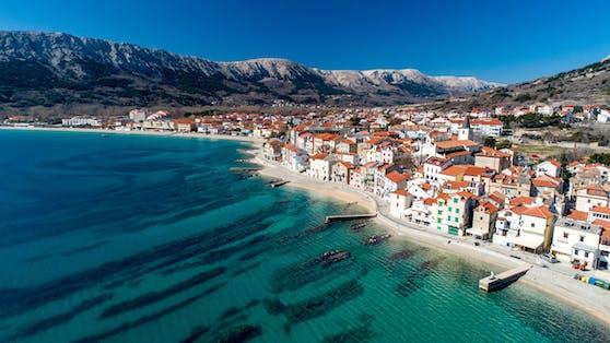 Die mediterrane Landschaft und das Klima beheimaten auch besondere Tiere.