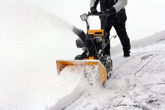 snow clearing in the winter