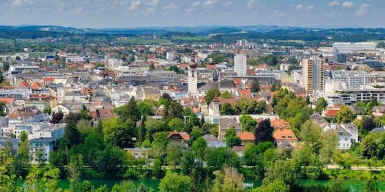Den höchsten Ausländer-Anteil hatte mit 28 Prozent der Bezirk Wels (Stadt)