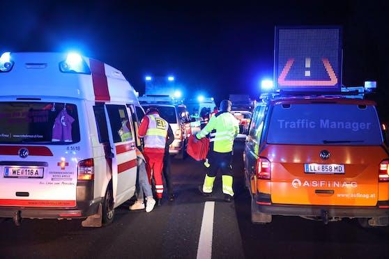 Ein Unfall auf der Autobahn. (Symbolbild)