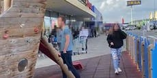 Video zeigt riesige Warteschlange vor Wiener IKEA
