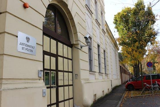 Justizanstalt St. Pölten: Der Verdächtige sitzt in U-Haft.