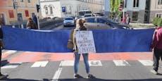 DREI Demonstranten sorgten für Stauchaos in Linz
