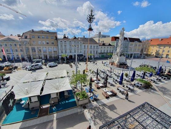 Schanigärten in St. Pölten putzen sich für Öffnung heraus.