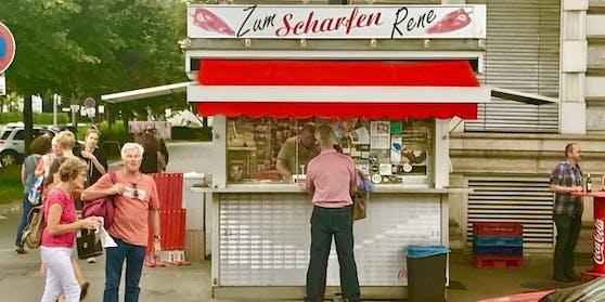 Würstelstand in Wien: Auch hier gelten ab Mittwoch neue Regeln.