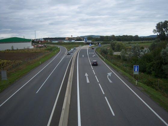 Auffahrten von der S5 auf die A22 am Knoten Stockerau.
