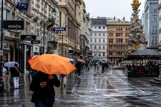 Regenwetter in der Wiener Innenstadt. Symbolbild