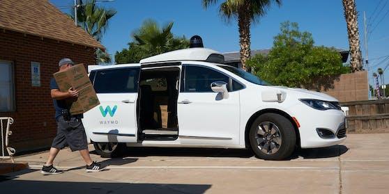 Seit letzten Oktober sind im US-Bundesstaat Arizona selbstfahrende Taxis des Unternehmens Waymo im Einsatz.