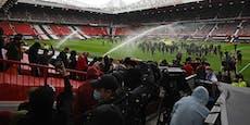 United-Stars mit Polizei-Eskorte wegen eigenen Fans