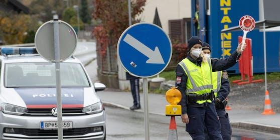 Polizei-Kontrolle in Salzburg (Archivfoto)