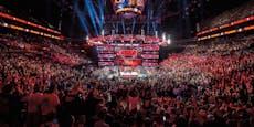 Corona besiegt! WWE startet wieder mit Live-Fans durch