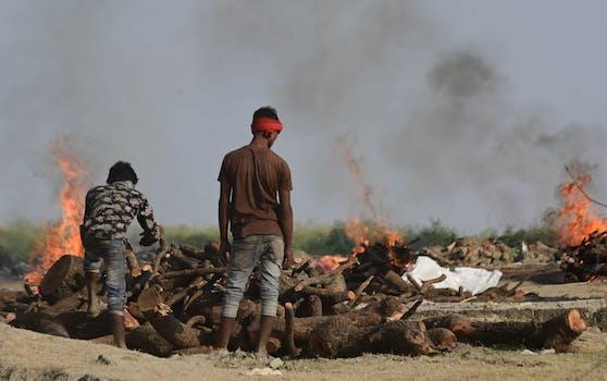 Im Bild:Einäscherung von Covid-19-Opfern.