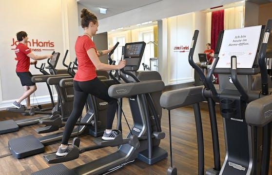 Die Fitnessstudios haben am 19. Mai wieder geöffnet. John Harris hat die Zahlungen am ersten Tag des Lockdowns ausgesetzt.
