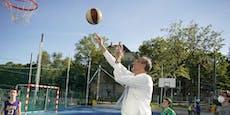 Minister Faßmann spielte 30 Jahre lang Basketball