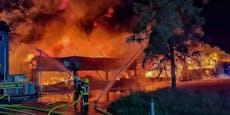 Großbrand in Pasching sorgt für Stromausfall