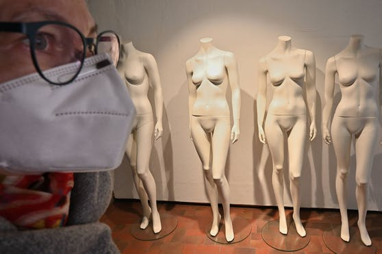 Mode-Shoppen ist derzeit wieder - mit Maske - möglich.