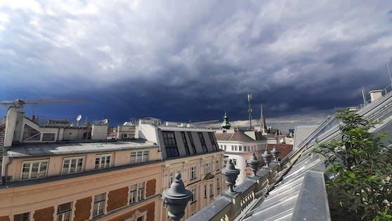 Hagel-Gewitter über Österreich