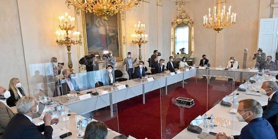 Hier beraten die Landeshauptleute mit der Bundesregierung die nächsten Öffnungsschritte