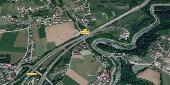 Der Lenker verunglückte auf der A10 in Lendorf.