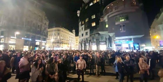 Hunderte verfolgten das Event live auf dem Stephansplatz