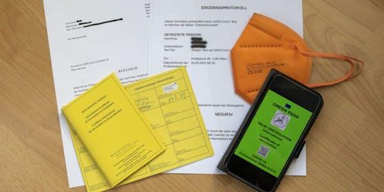 """Der """"Grüne Pass"""" soll ab Juni umgesetzt werden. Bis dahin müssen Wirte Testergebnisse und Impfpässe kontrollieren."""