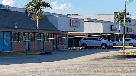 Vor einem Nachtclub in Florida fielen Schüsse. Zwei Menschen sind gestorben.