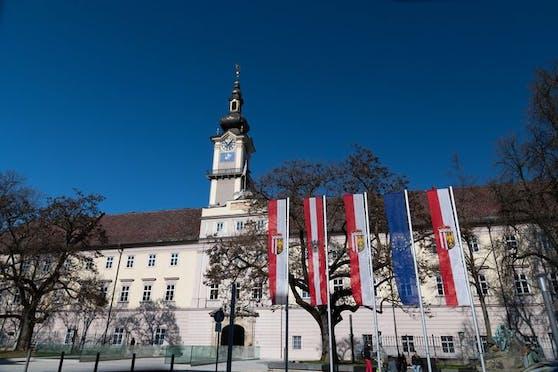Der Krise ein Schnippchen schlagen: Oberösterreich hat eine Reihe von Programmen initiiert, um bestehende Arbeitsplätze zu erhalten und neue zu schaffen.