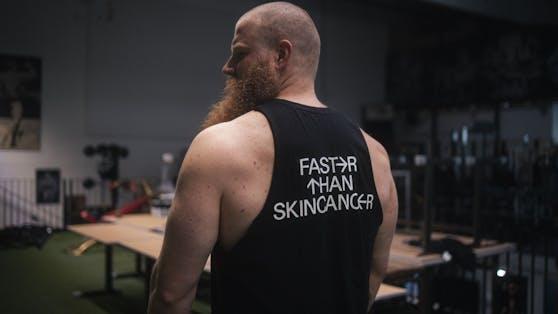 """Der Kraftdreikämpfer Alexander Pürzel beteiligt sich an der Aufklärungskampagne """"Faster than Skincancer"""""""
