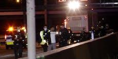 Hier führt Polizei Gaffer nach Todes-Crash zur Leiche