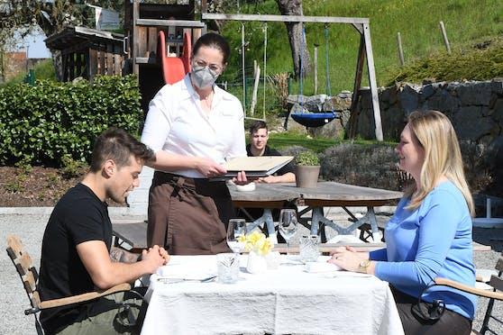 Der Besuch in Lokalen und Restaurants ist nur mit Test, Impfung oder dem Nachweis einer Genesung möglich.
