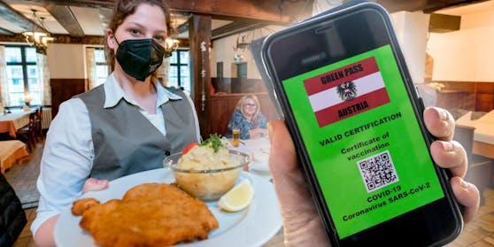 """""""Grüner Pass"""" wird Eintrittskarte zu Gastronomie und anderen Annehmlichkeiten."""