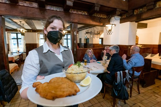 Die Gastronomie darf ab 19. Mai 2021 ihre Gäste wieder bewirten.