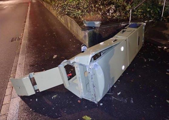 Mit einem BMW schrottete ein Aargauer die Messanlage an der Breitestrasse in Winterthur