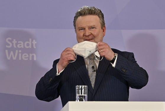 Michael Ludwig (SPÖ) will sich bei der Maskenpflicht nichts vom Bund diktieren lassen.
