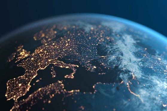 EU-Datengrenze für Cloud-Dienste: Microsoft verbessert Schutz europäischer Daten.