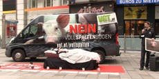 """Tierschützer schießen gegen """"schlafende"""" Köstinger"""