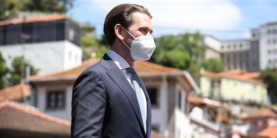 Sebastian Kurz (VP, 34) rechnet mit einer baldigen Rückkehr zur Normalität.