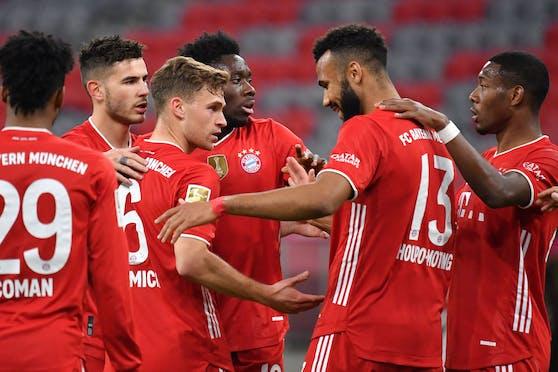 David Alaba und die Bayern greifen nach dem Titel.